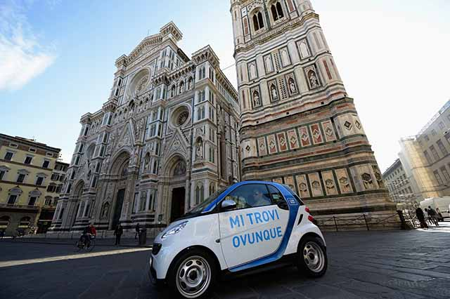 Una vettura car sharing a Firenze