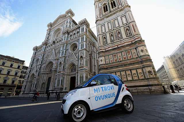 Una vettura car sharing a Firenze