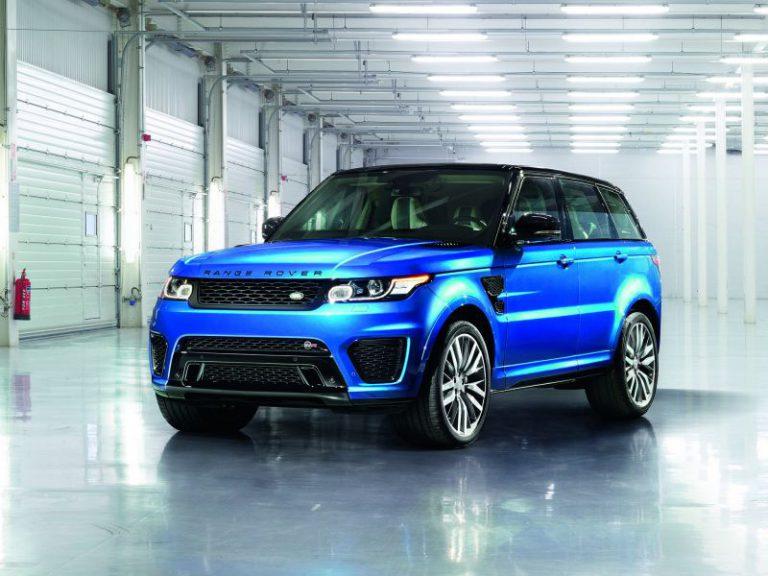 Nuova Range Rover Sport SVR: tutte le caratteristiche del SUV presentato in California