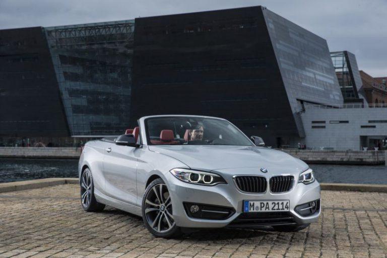 Nuova BMW Serie 2 Cabrio: il listino prezzi della cabriolet compatta bavarese