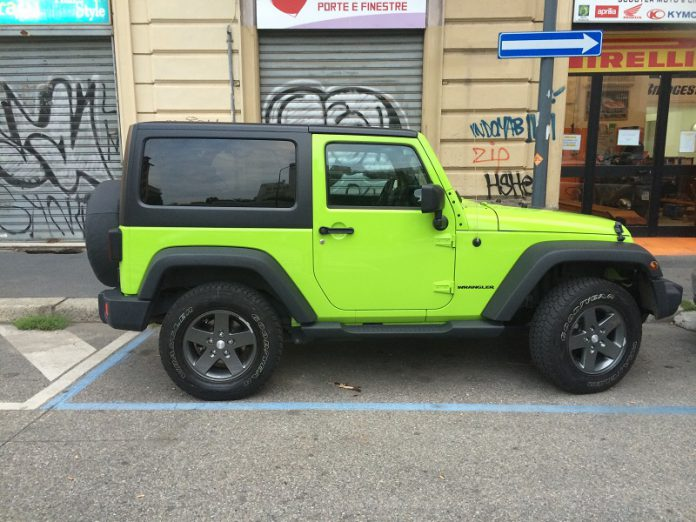 Jeep glamour