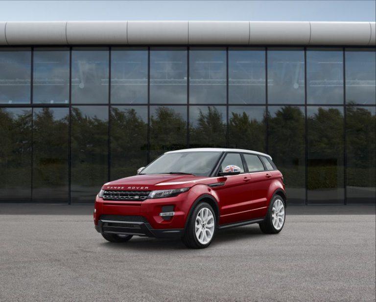 Land Rover: restyling di metà carriera per la Range Rover Evoque
