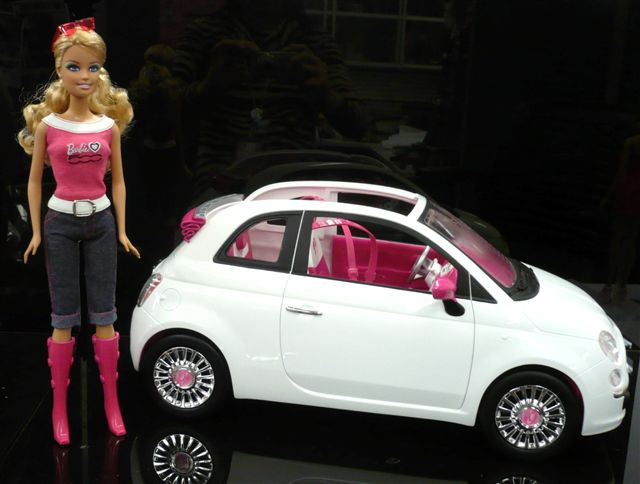 Barbie loves 500