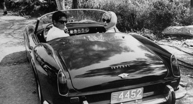 All'asta la Ferrari California di Alain Delon: ritrovata sotto pacchi di riviste