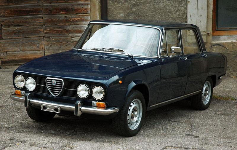 Alfa Romeo Alfetta Gtv 1976 1 besides Viewtopic moreover File Alfa Romeo Giulia 2 as well File Alfa Romeo Alfetta GTV besides 6967240517. on 1980 alfa romeo alfetta