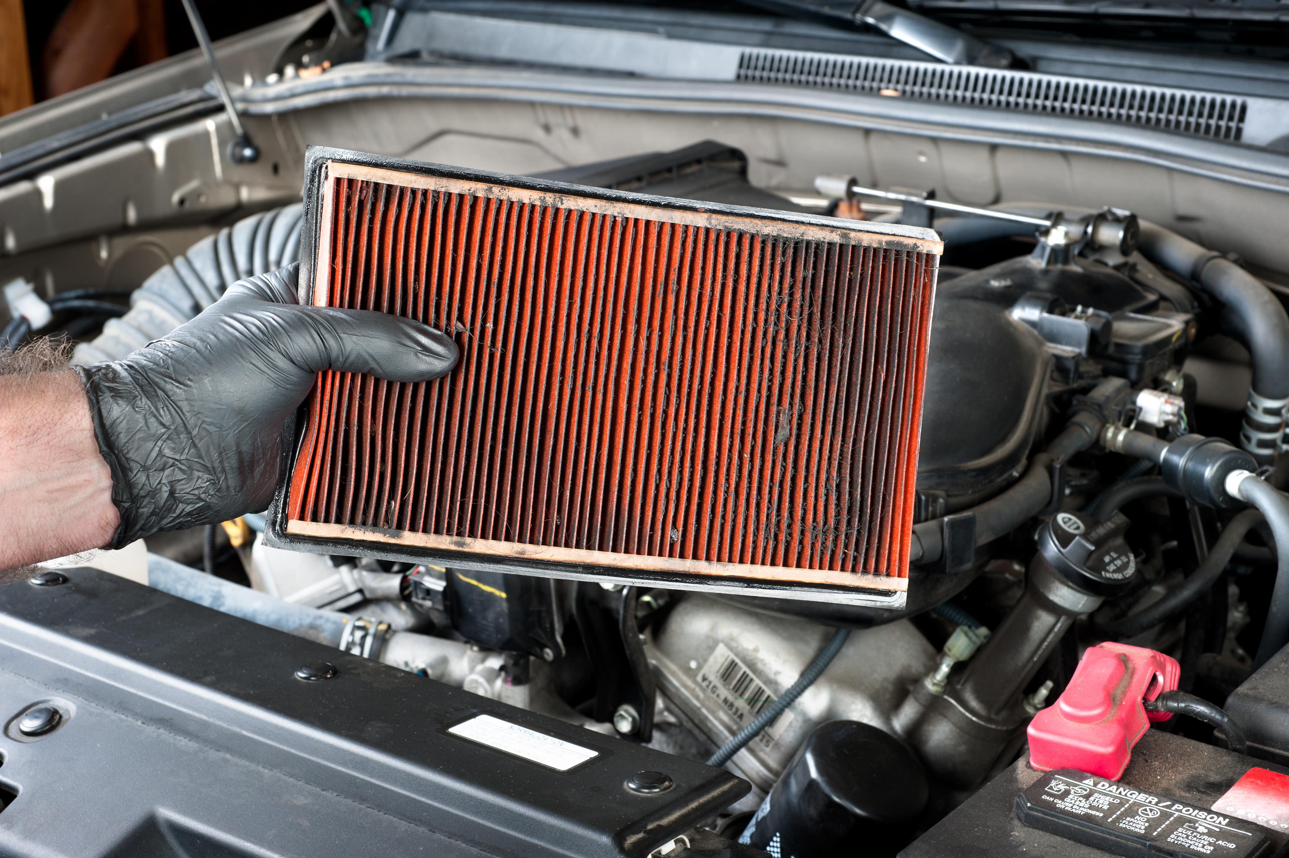 Filtro dell aria quando e come sostituirlo e quanto costa for Quanto costa costruire un garage per 3 auto