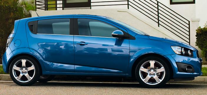 Daewoo Chevrolet Aveo berlina cinque porte