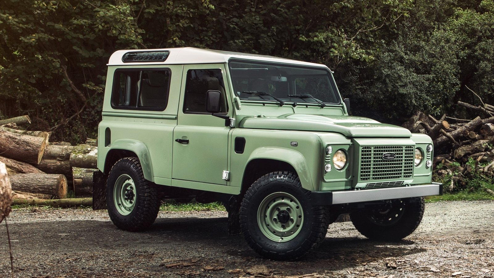 nuovo Land Rover Defender Heritage 2015