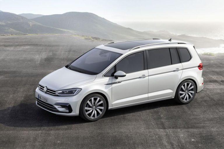Nuova Volkswagen Touran 2015: prezzi e caratteristiche per il mercato italiano