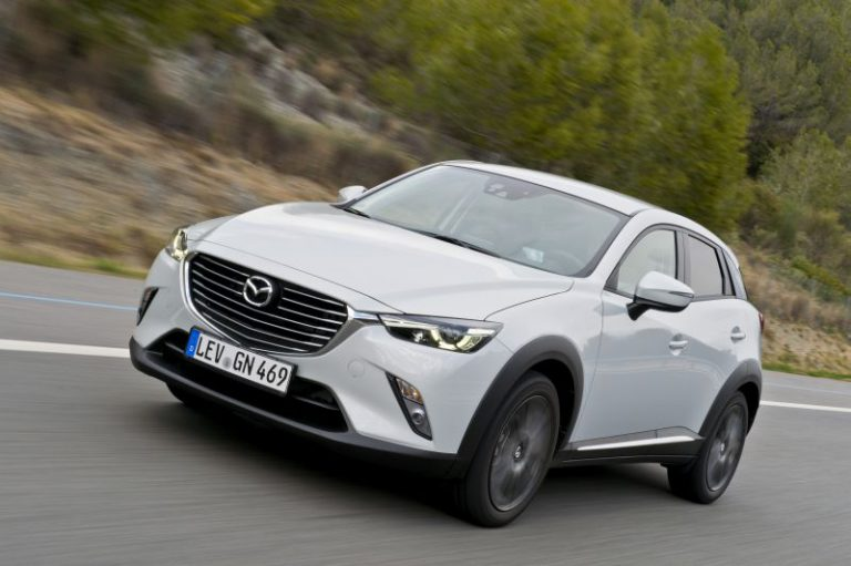 Nuova Mazda CX-3: prezzi e scheda tecnica della gamma 2015
