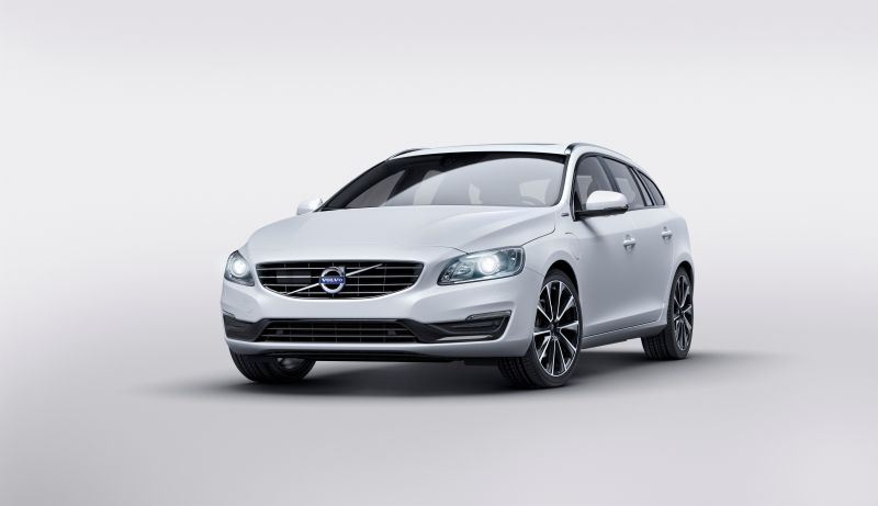 Nuova Volvo V60 D5 Twin Engine Special Edition