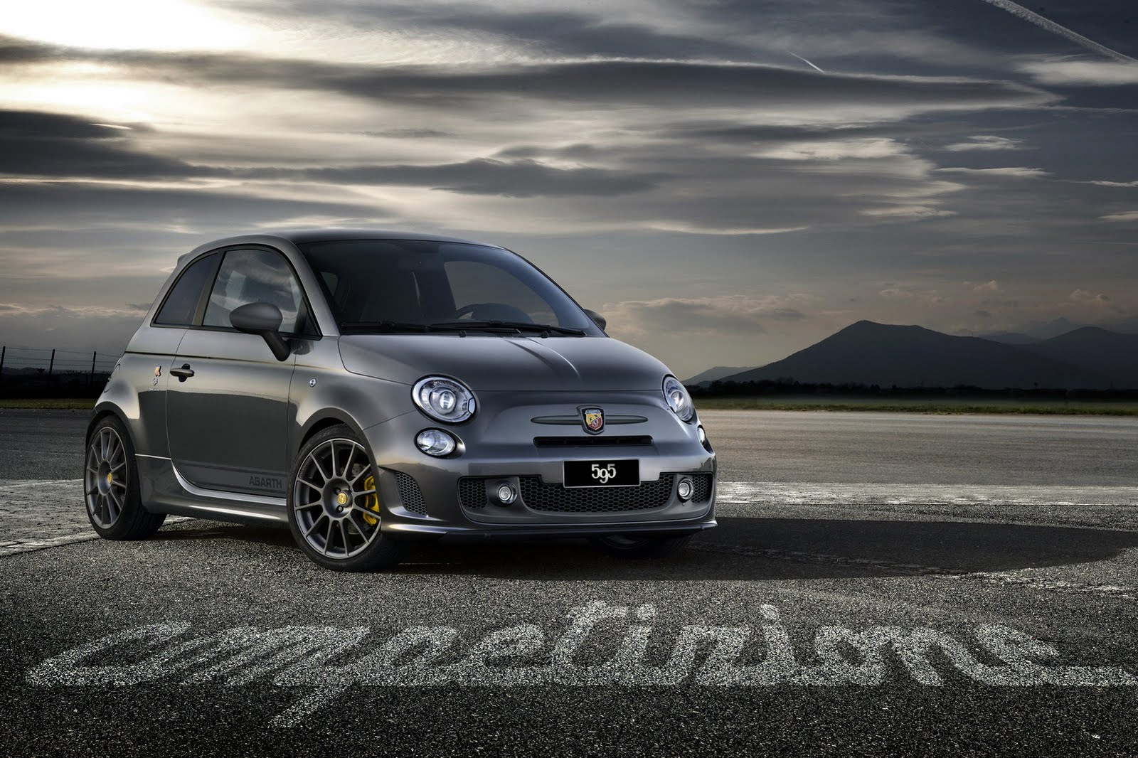 abarth 595 competizione caratteristiche velocit e scheda tecnica. Black Bedroom Furniture Sets. Home Design Ideas