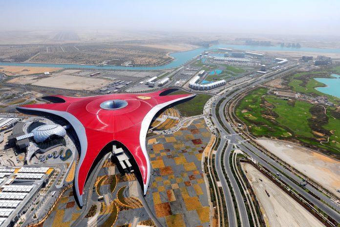 Il parco Ferrari World ad Abu Dhabi