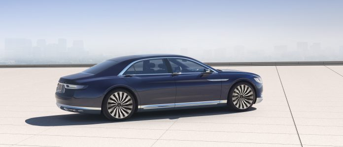 Nuova Lincoln Continental