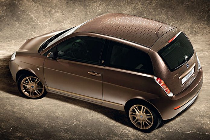 Lancia Ypsilon Versus usata