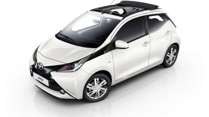 Toyota Aygo prova su strada
