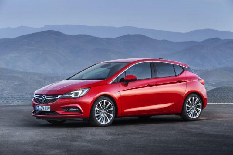 Nuova Opel Astra 2015: motorizzazioni e caratteristiche della quinta generazione