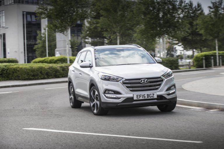 Hyundai Tucson 2016 prova su strada: commenti, impressioni, debolezze, recensione completa