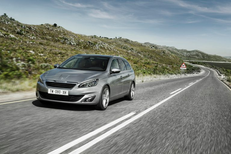 Peugeot 308 SW 2016 prova su strada: per la famiglia ma non solo, recensione