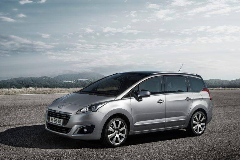 Peugeot 5008 promozione aprile 2016: vale proprio la pena aderire in aprile alla monovolume