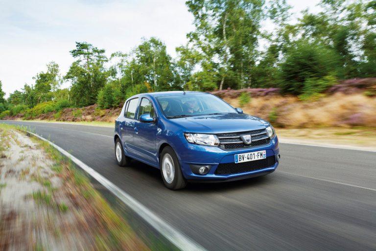 Dacia Sandero 2016 prova su strada: commenti, impressioni, debolezze, recensione completa