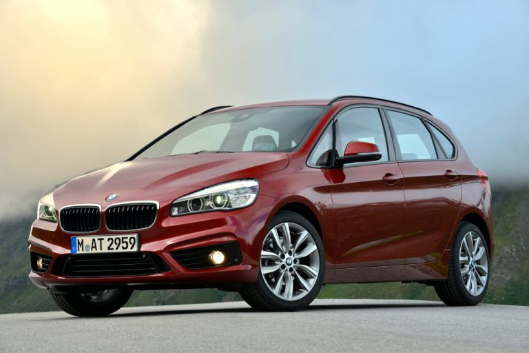 BMW Serie 2 Active Tourer 2016 prova su strada: commenti, impressioni, debolezze, recensione completa