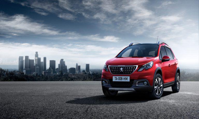 Peugeot 2008 2016 prova su strada: spazio ed eleganza, il perfetto crossover urbano
