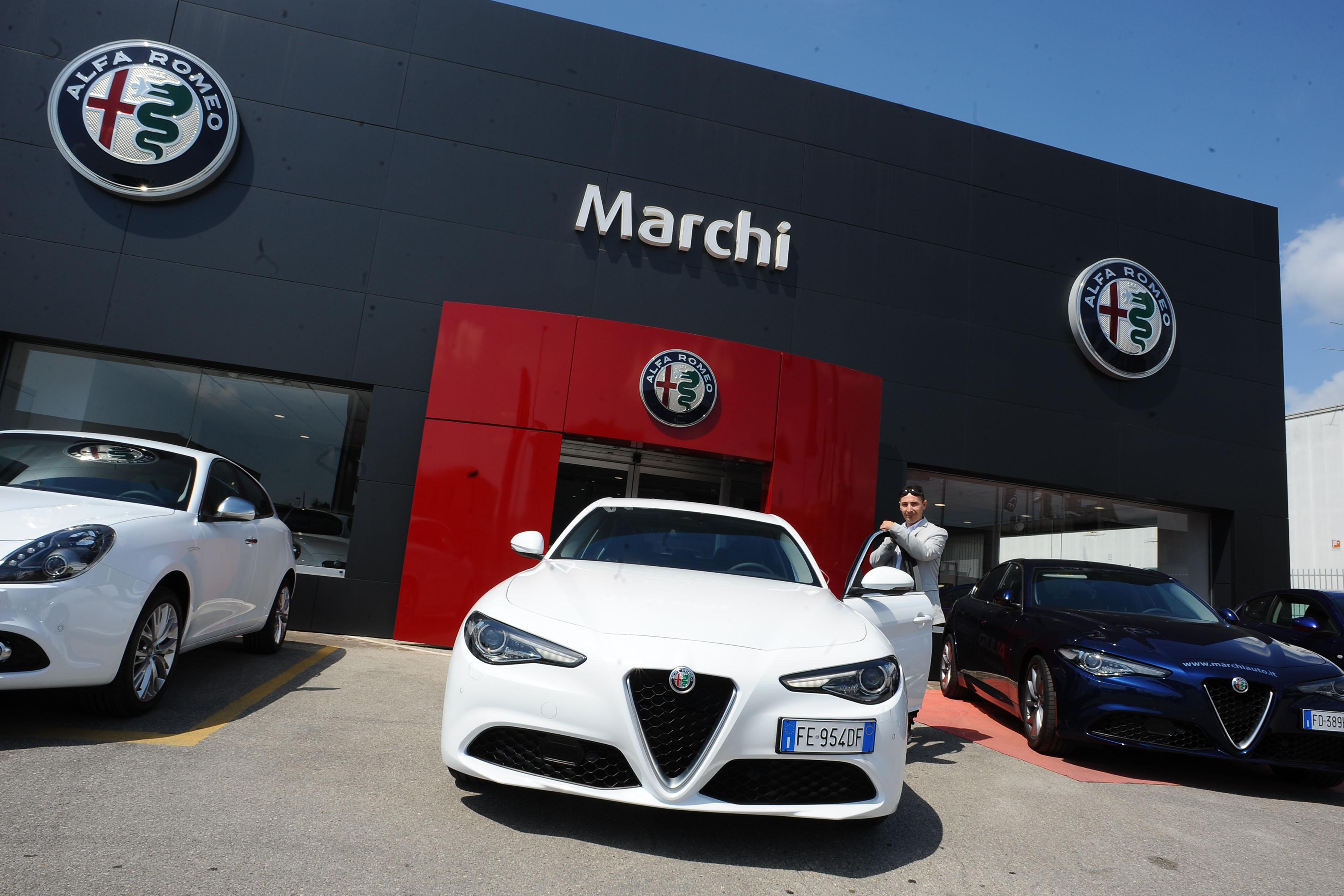 nuova alfa romeo giulia 2016: consegnate le prime sei auto