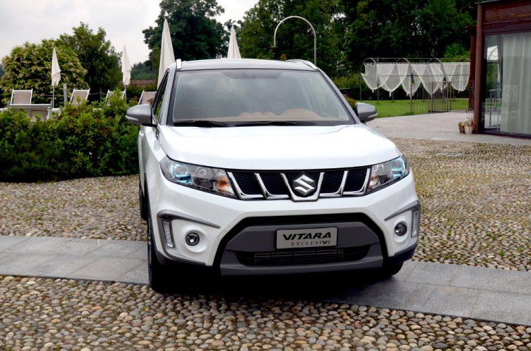 Suzuki Vitara Exclusive: SUV raffinato, pregiati interni in pelle fanno colpo