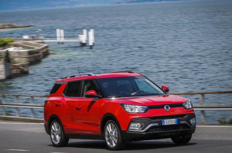 Ssangyong XLV: largo al crossover wagon, tecnologia e motori