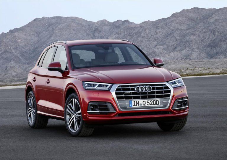"""Nuova Audi Q5: 2.0 TDI 150CV e """"S line black"""" in edizione limitata, i prezzi"""