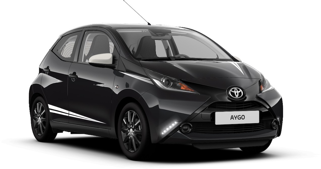 toyota aygo x black la city car in edizione limitata. Black Bedroom Furniture Sets. Home Design Ideas
