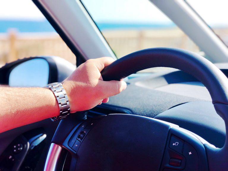 Controllo chilometri reali auto usata 2021: come verificare i km effettivi