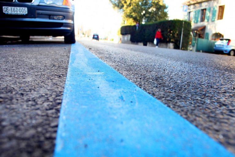Parcheggio sulle strisce blu: multa o penale a ticket scaduto