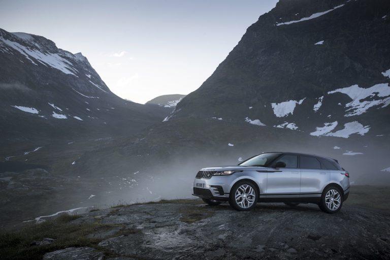 Range Rover Velar: l'eleganza di un suv inglese, prezzi e novità