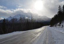 guidare su neve o ghiaccio