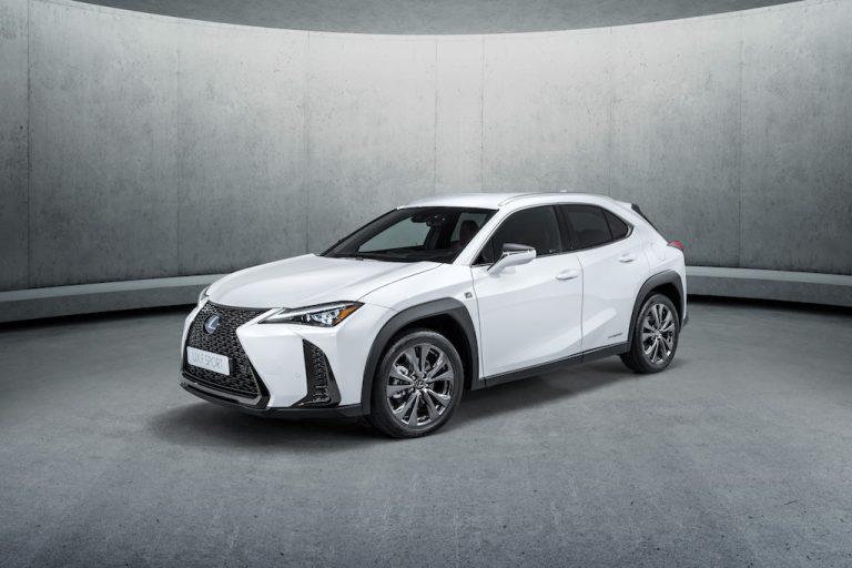 Lexus UX 2019: il crossover che rifiuta luoghi comuni