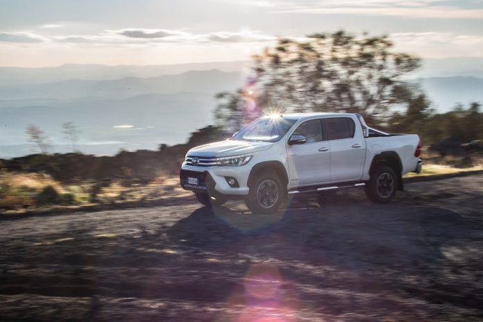 Toyota Hilux Invincible 50 2018
