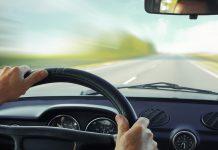 Consigli su come guidare bene macchina