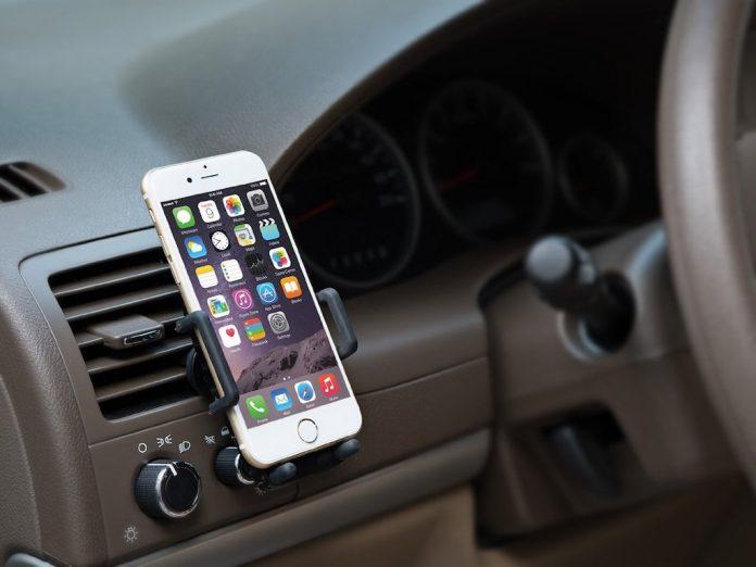 Telefono al volante