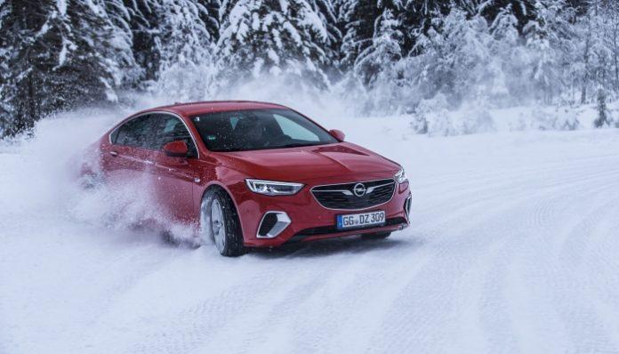 Opel Insignia con trazione integrale high-tech