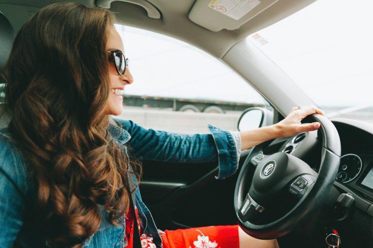 Bollo auto, radiazione, vendita e auto d'epoca: come fare a non pagarlo nel 2021