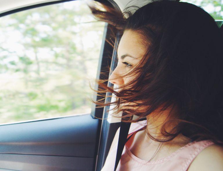 Guidare con il vento: consigli per la sicurezza