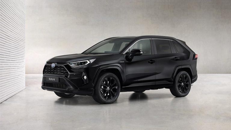Toyota Rav4 in versione plug-in hybrid: allestimenti e prezzi
